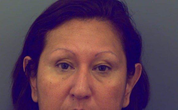 El Paso police arrest woman